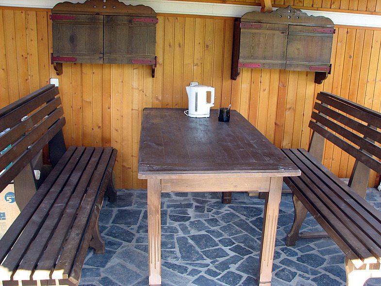 Дизайн кухни в вагонке