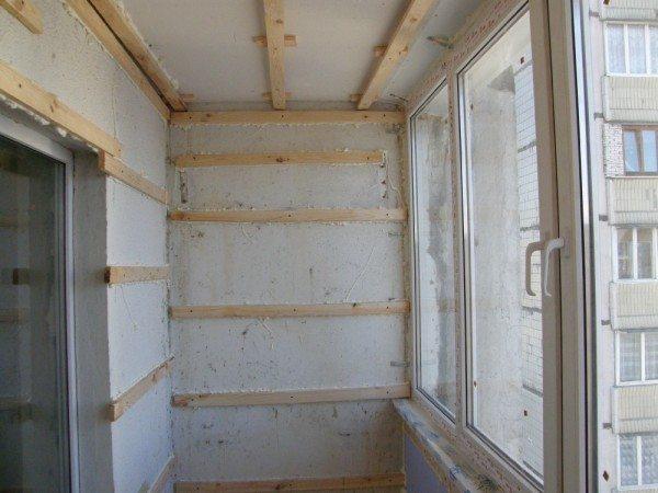 как обшить балкон вагонкой самому